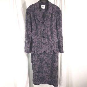 Gorgeous Vintage Purple Suit, size 16